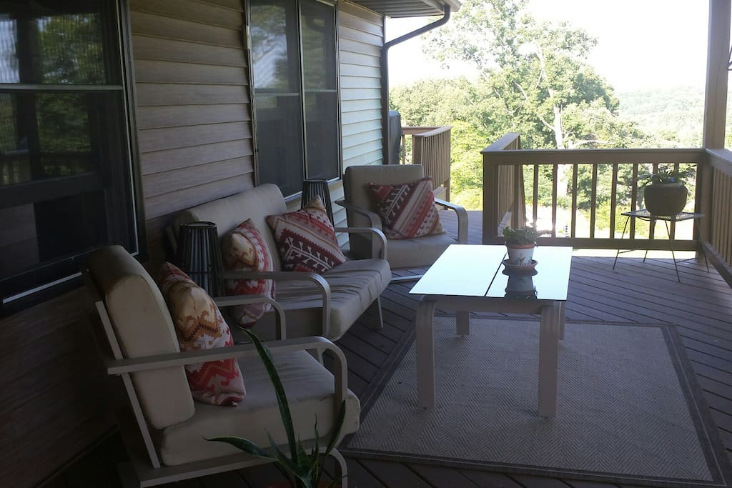 Cover porch seating