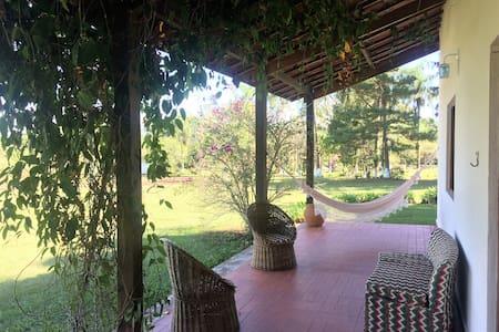 Casa de campo / sítio à 50 min de SP! - Embu-Guaçu - Kabin
