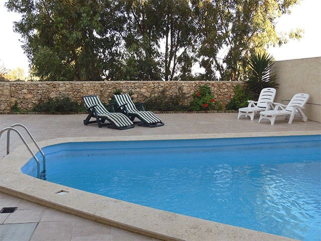 Beautiful Apartment & Pool in peaceful village - L-Għarb - Huoneisto