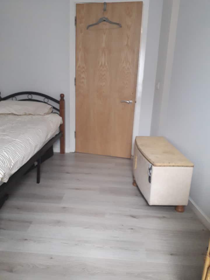 Spacious Single Comfortable room