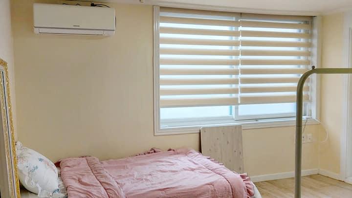 탄방동 예쁜 원룸 A beautiful room in Tanbang-dong