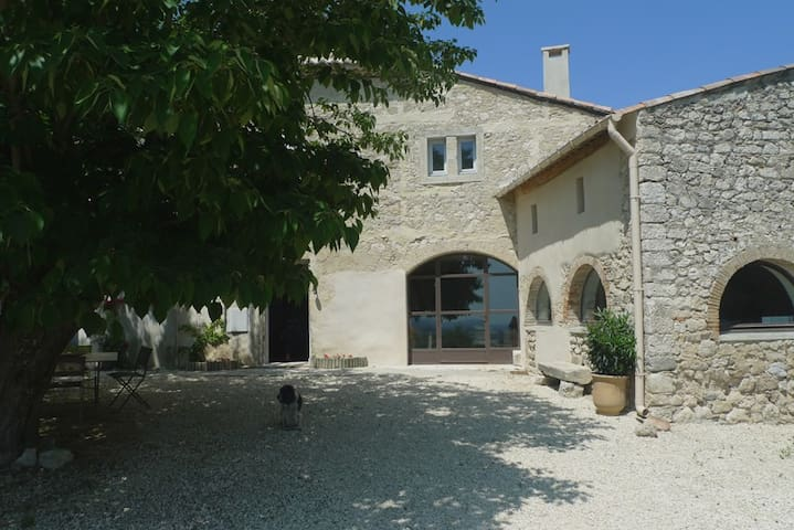 Former farmhouse in Provence