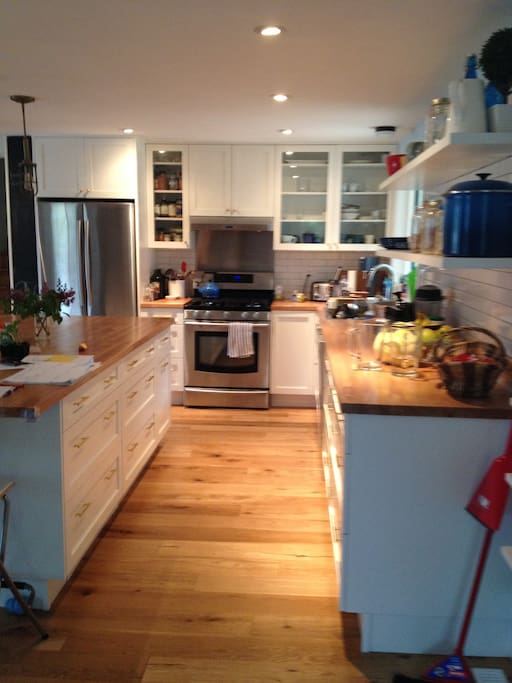 Cook's dream kitchen.  Gas stove and lots of counter space.