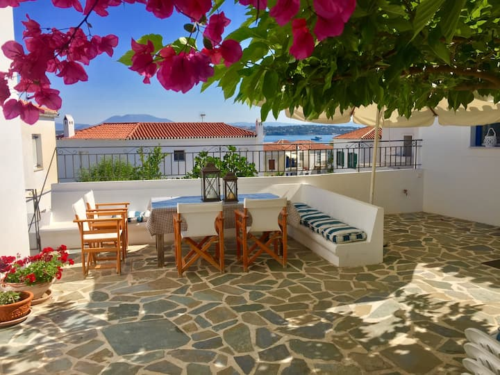 SPETSES island home with sea view in Kounoupitsa