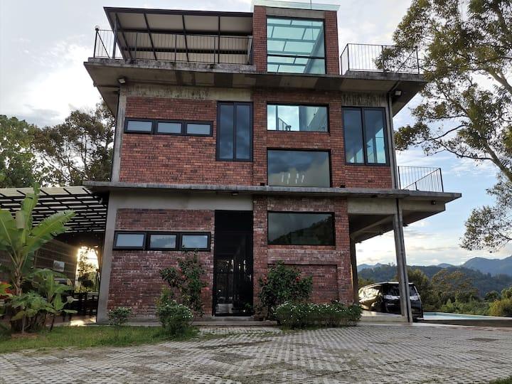 Brickhouse Bukit Tinggi Bentong