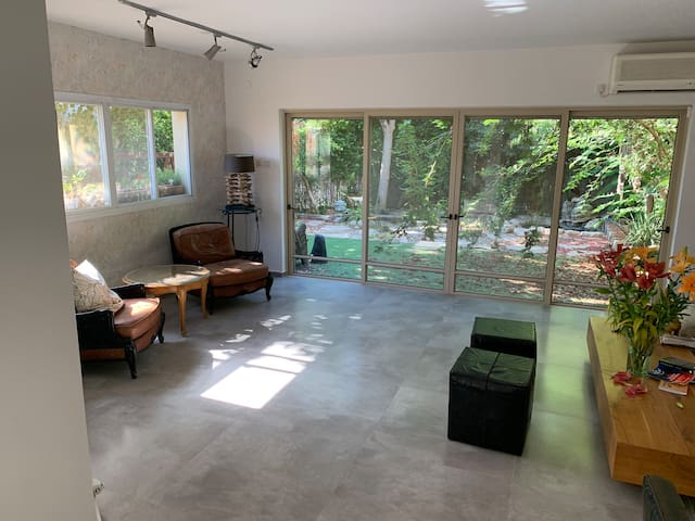 300sqm! 7BR Luxury & spacious & Modern Privet Vila