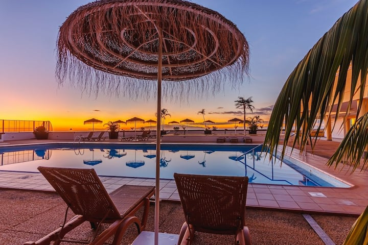 Vista Impresionante Heated Pool Breathtaking View