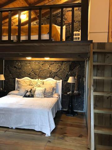 En esta foto se aprecian las dos áreas de dormitorio