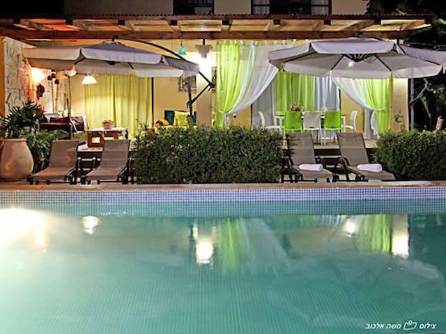Makom Balev - Zimmer  1 - Liman - 家庭式旅館