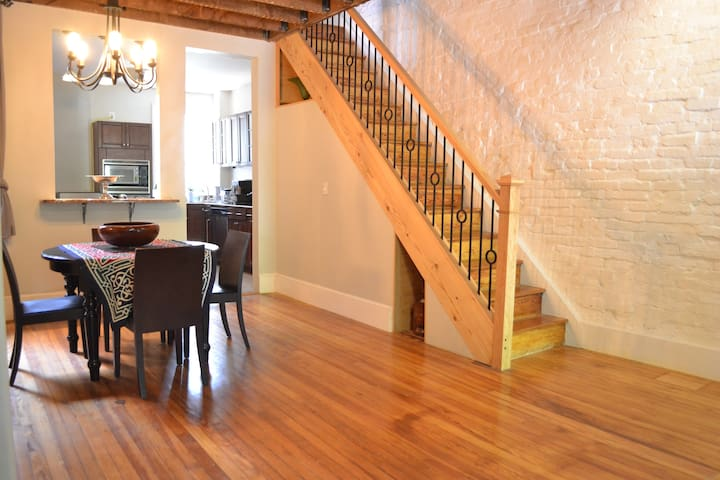 Beautiful Capitol Hill home w parking & large yard