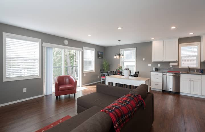 Newer Home in SW Portland!