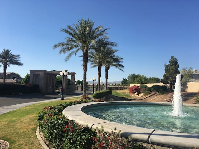 Private Guesthouse for Festival Weekends! - Rancho Mirage - Pension