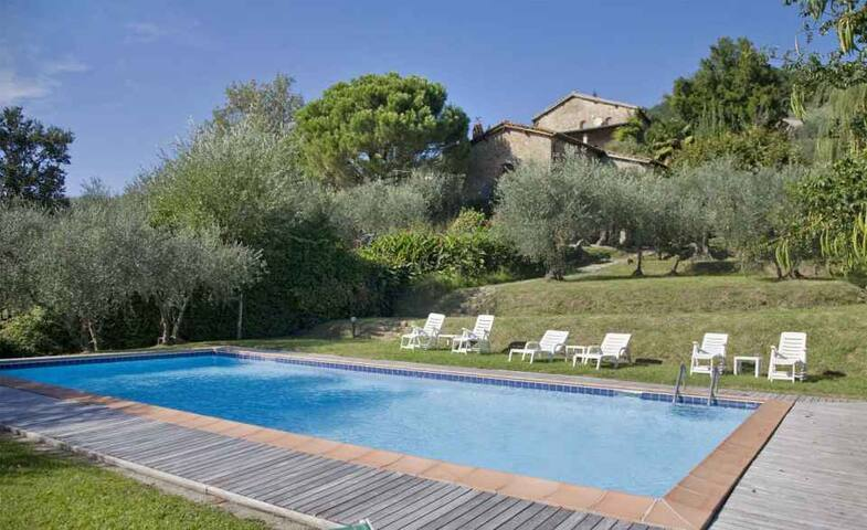 La Loggia - Large Villa with beautiful Views - Sant'Andrea In Caprile - Casa