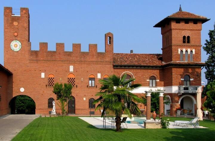 ASTI, TenutaMorgnano, B&B-Antignano (max 4 rooms)