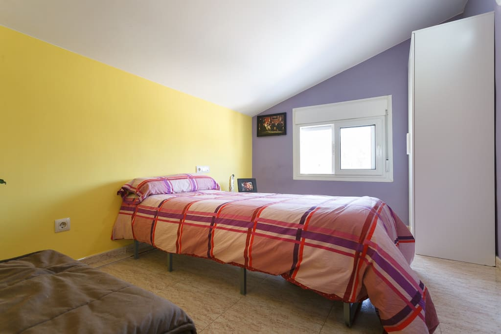 C moda habitacion en sitges appartamenti in affitto a - Comoda habitacion ...