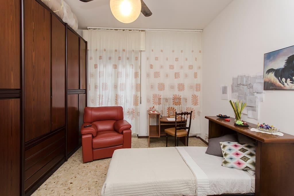 Affittasi stanza room for rent appartements louer for La chambre de giovanni