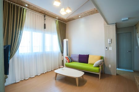 Daonstay에 오신것을 환영합니다.(25평 복층형 가족룸입니다.) - Pis