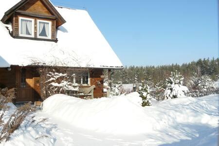 Powitanie Nowego Roku w domu na wsi - Lipusz