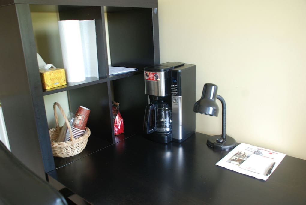 Coffee machine& desk