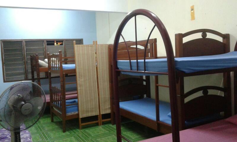ZeeAdam Backpackers Hostel (Dormitory Room)