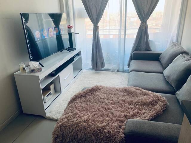 Acogedora habitación privada ,cama king y tv