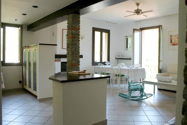 Charming flat, Tremezzo Como lake