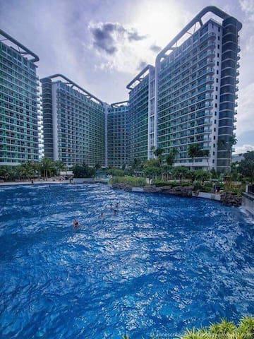 Azure Resort Miami 1228