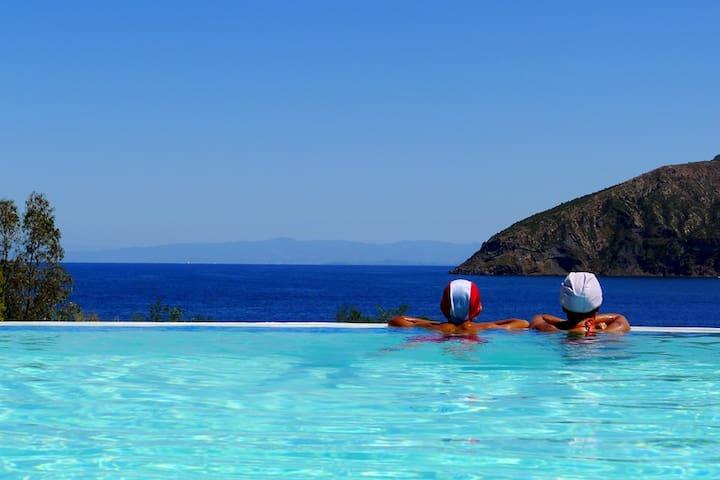 appartamento in villa sul mare - Vulcano Bleu