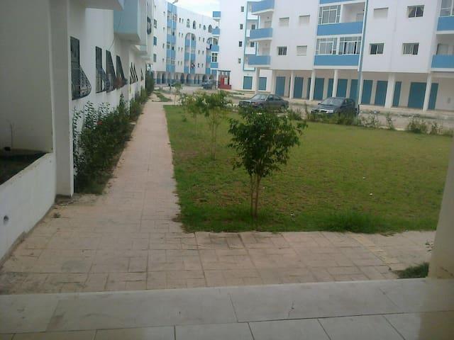 appartement rez de chaussée dans jolie résidence - Martil - Flat