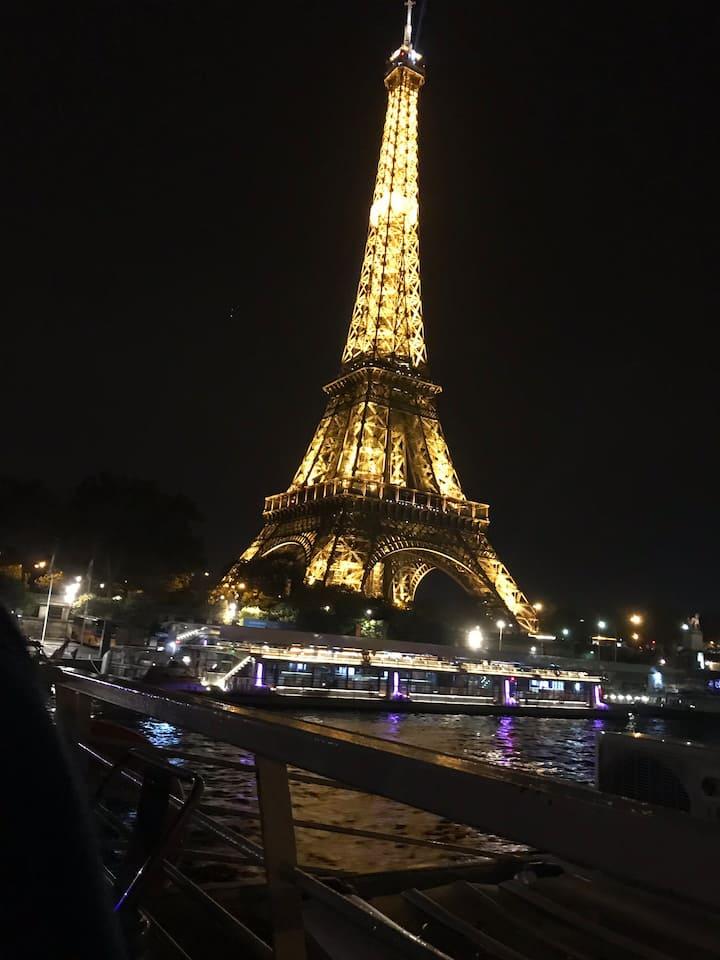 Grand deux pièces de 60m au charme parisien