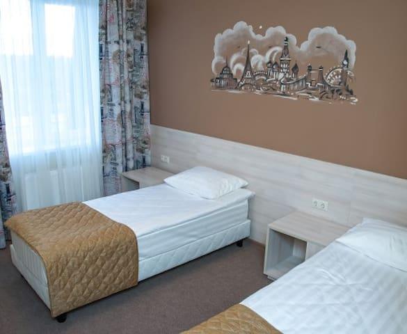 """Двухместный номер Стандарт в отеле """"Вояж"""" - Naro-Fominsk - ที่พักพร้อมอาหารเช้า"""