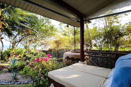 2BRM Beautiful Villa with access to pool & garden - Ko Samui