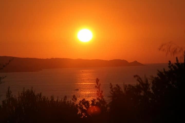 U Mirante Panoramic terrace view over gulf sunset