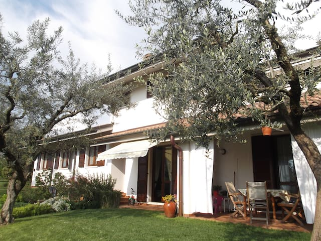 B&B La Casa Bianca - Peschiera del Garda - Bed & Breakfast