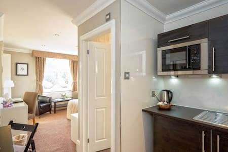 Executive Studios Manchester - Sale - Bed & Breakfast