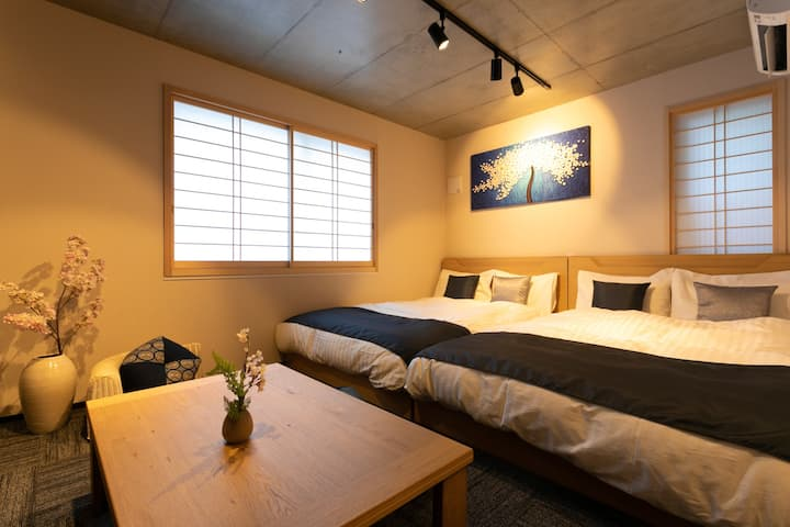 Newly built/Close to Haneda/3 min walk from Sta.