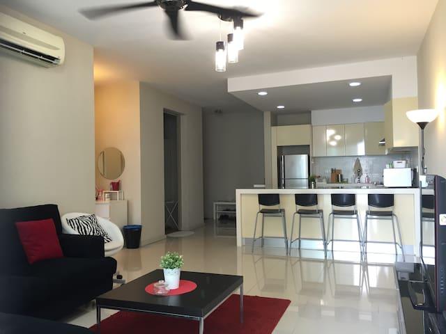 KLCC 2Bedroom Suite Unlimited WIFI MH1302 吉隆坡市两房公寓 - Kuala Lumpur - Serviced flat