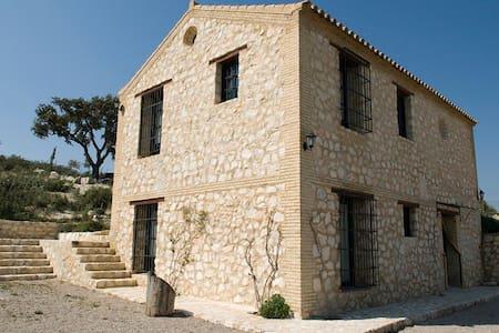 Carmen House (10 people): - Dom
