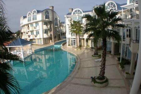 Turqualty Club King Suite 1044 - Apartment