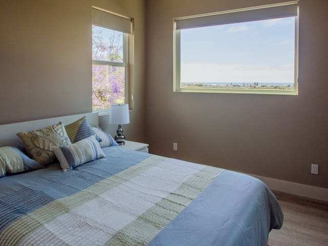Gorgeous views of the ecological reserve and the ocean from your bedroom