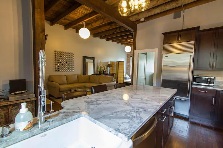 Upscale, loft-style 2-bedroom condo