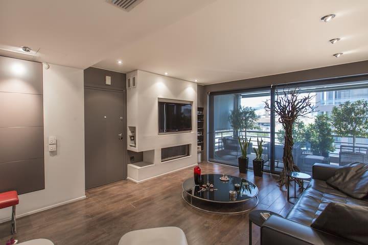 Super designed loft in Athens-Gazi - Athina - Departamento