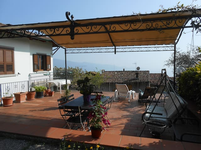 ★  Spring Offer Lake Garda!★ - Tignale - Hus