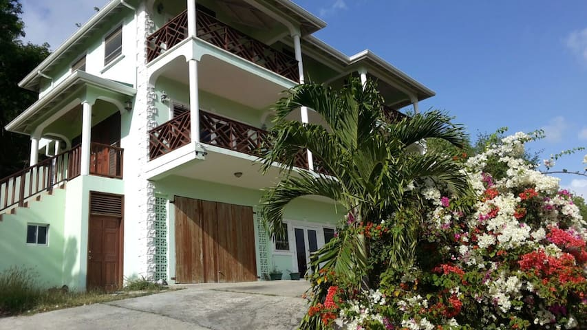 Welcome to paradise in St Lucia - Gros Islet - House