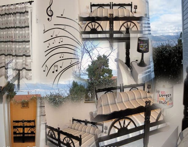 Monolocale piano terra - Arbanija