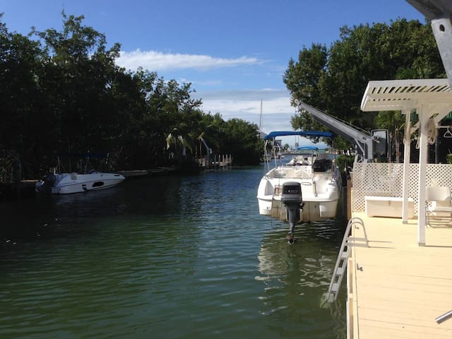 Key Largo! Tavernier! Welcome to Paradise!