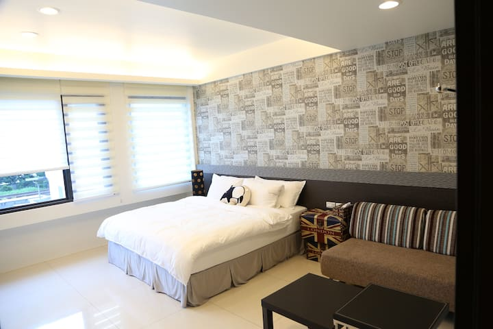 Yilan Trip B&B - NY double room - 羅東鎮 - Huis