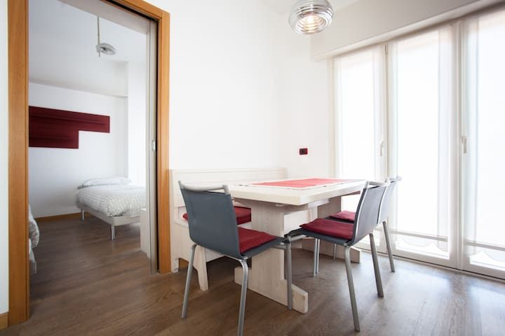 Nice flat near the metro - Milano - Lägenhet