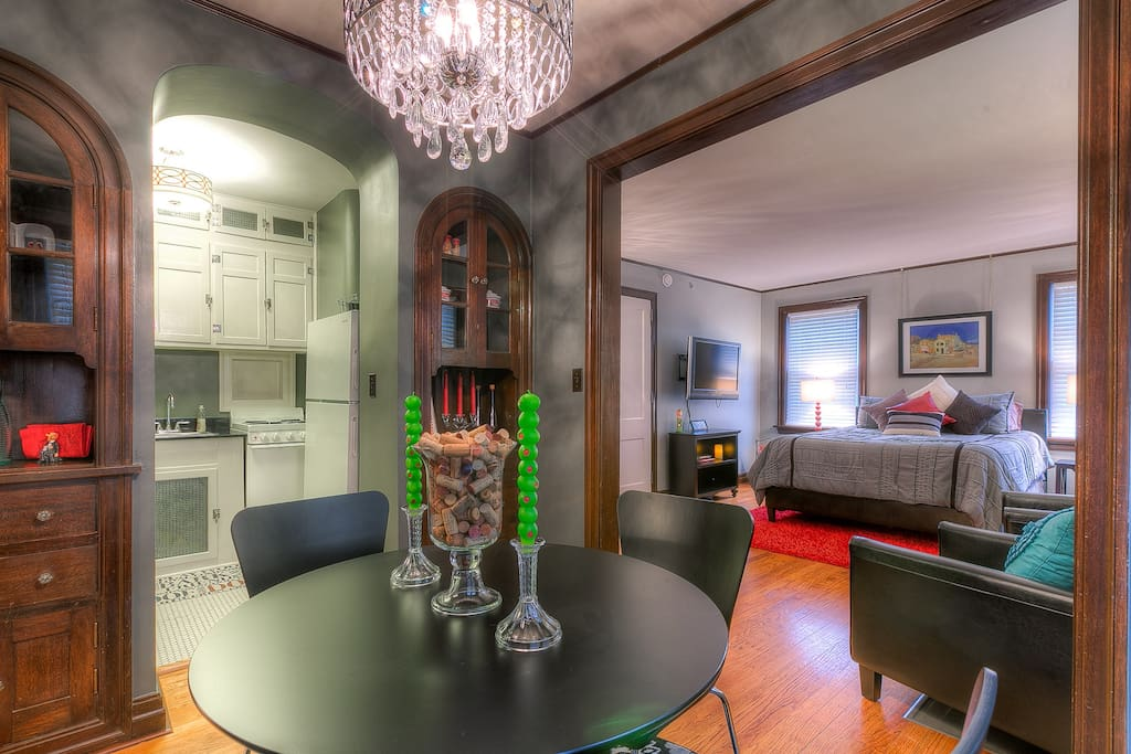 Gives you a feel for whole apartment layout