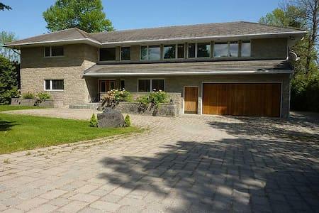 Newly built Modern Luxury on Lake Simcoe - Hawkestone - Cabin